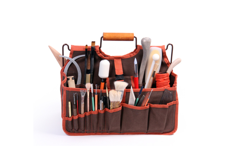 Art Bag: efficient and easy solution to ceramic tool storage