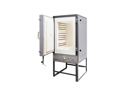 EP73 Front-loading kiln complete with T/C & ST215 Controller