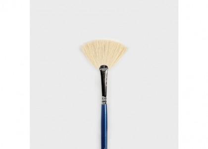 No.4 Soft Fan Brush
