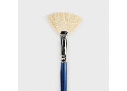No.8 Soft Fan Brush