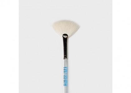 Soft Fan Brush